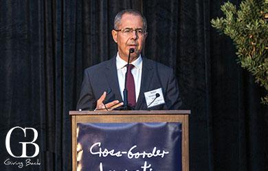 Dr. Rafael Fernández de Castro