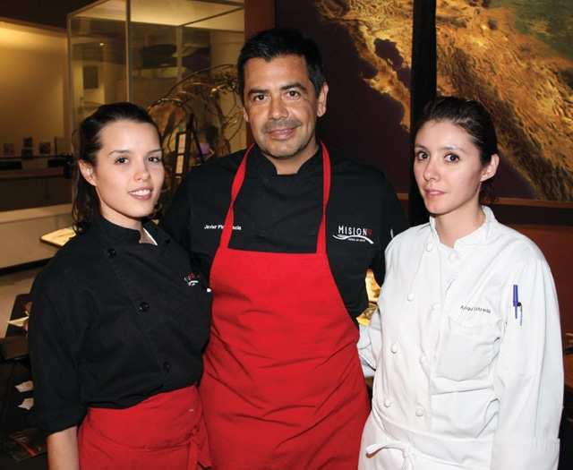 Adrian Montano, Javier Plasencia and Ana Estrada.JPG