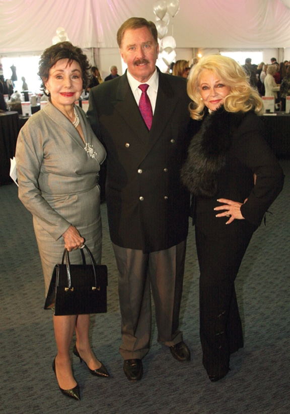 Afife Baloyan with John and Phyllis Parrish +.JPG