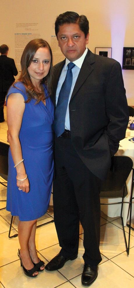 Alejandra y Alberto Mejia.JPG