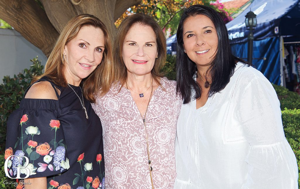Alejandra Diaz Ceballos  Sara Sandi and Gabriela Castillo