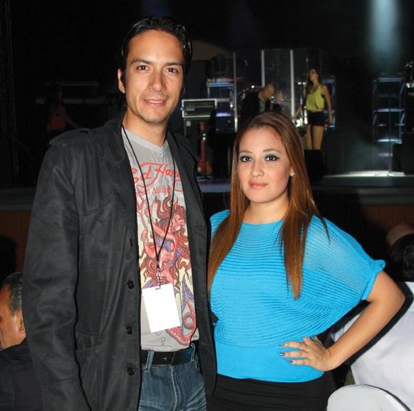 Alejandro Alvarado y Scarlet Elizalde