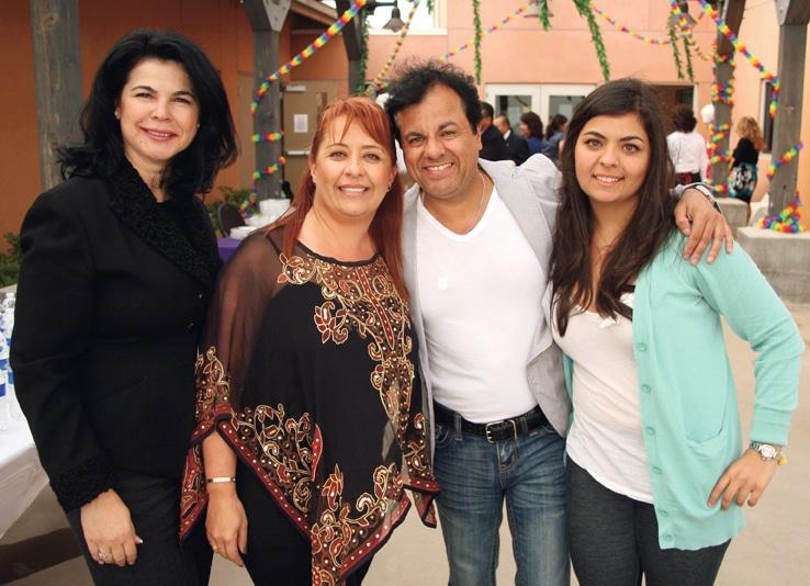 Alma Villarruel with Ivonne, Abraham and Valeria Sarraf.JPG