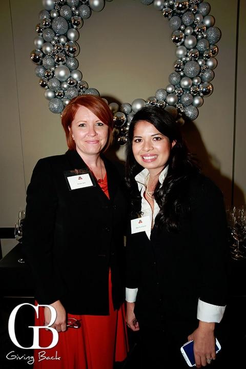 Amber Zent and Rita DG    La Fuente