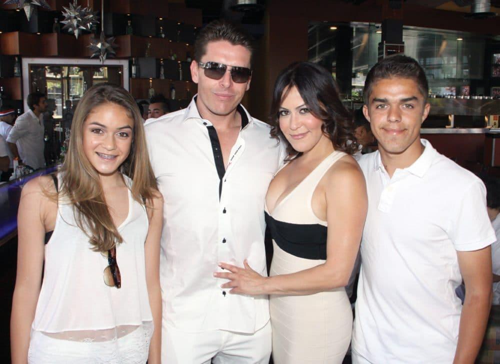 Andie Ezquerro, Jared Smith, Yolanda S.Walter Meade and Carlso Ezquerro.JPG