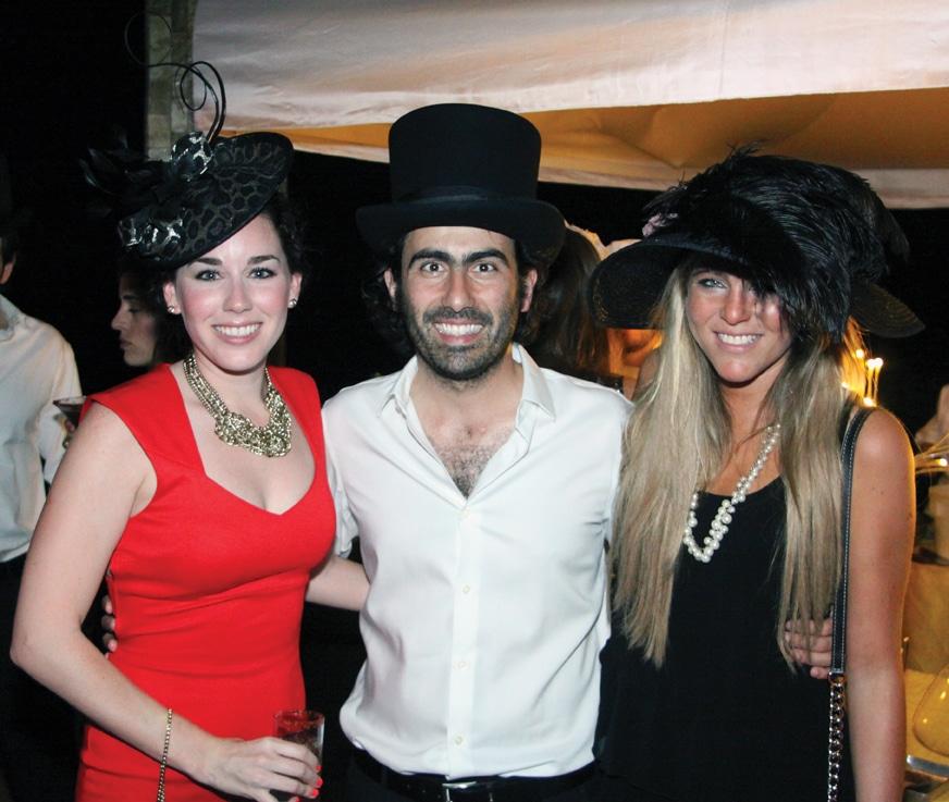 Andrea Arizona, Manuel Hermida y Fabiola Cetto.JPG