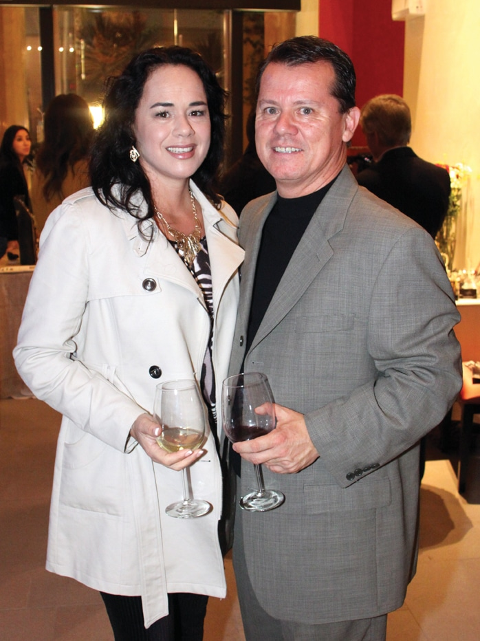 Angelica y Gabriel Orozco.JPG