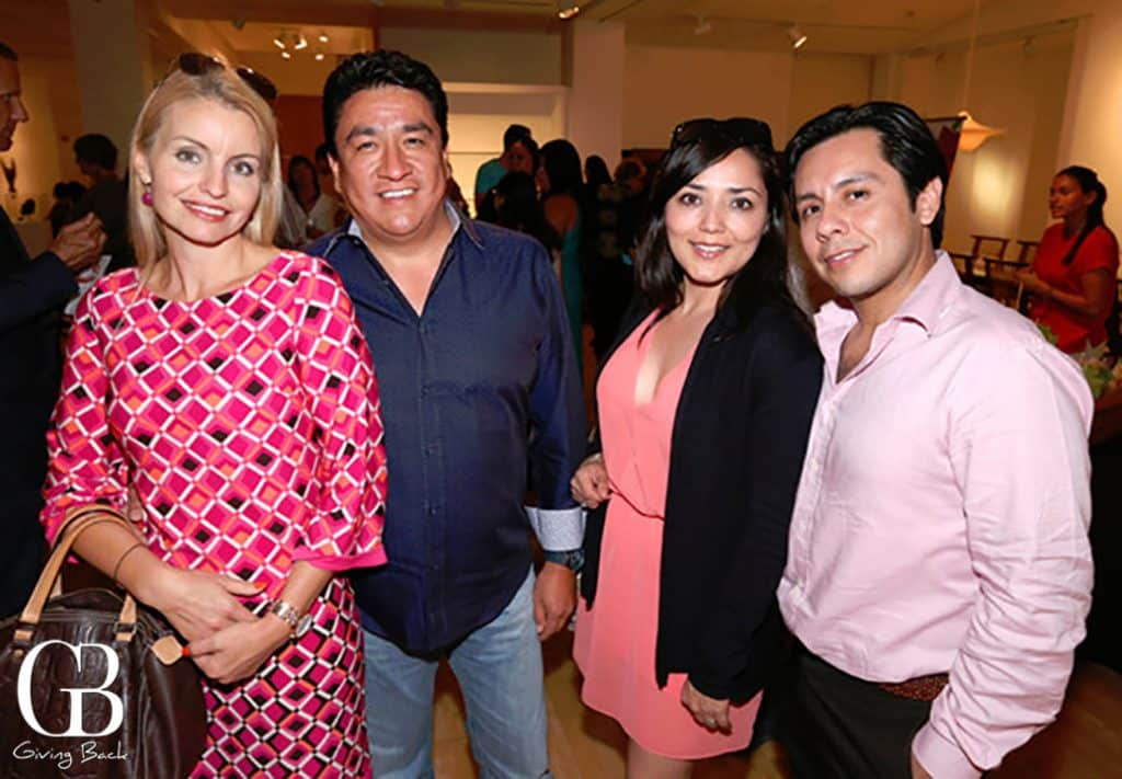 Angelina Lloyd  Sergio Guerrero  Roxanna Cal y Mayor y Luis Nuricumbo