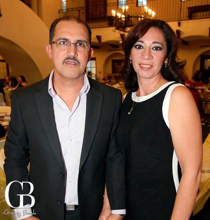 Armando y Lupita Ochoa