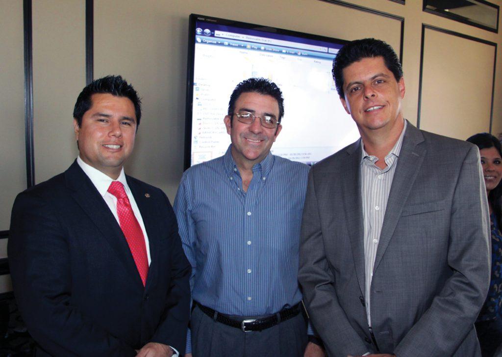 Arturo Muniz, Fernando Almada y Sergio Del Rio.JPG