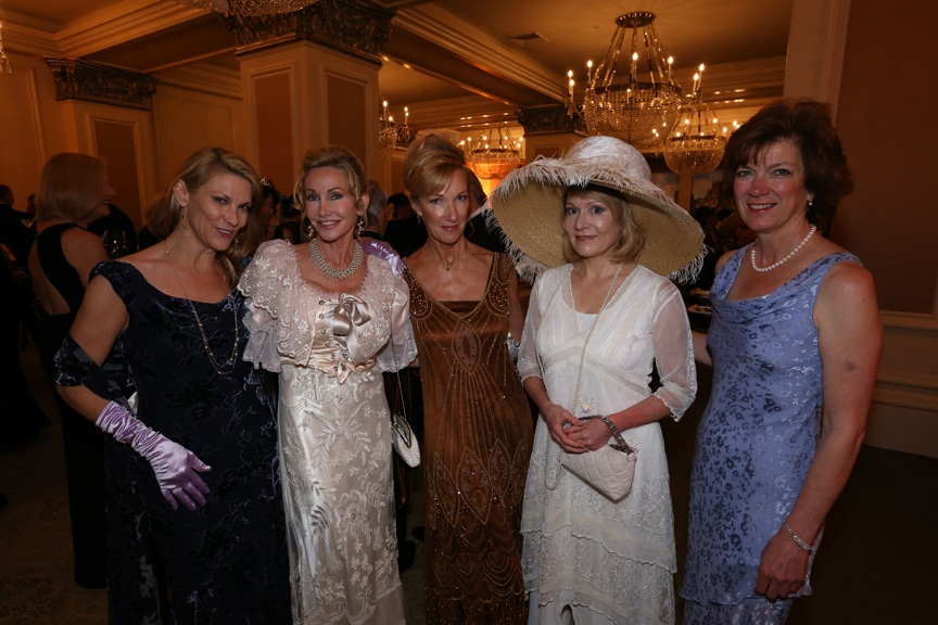 Bernadette Bach, Lise Markham, Carrie Stone, Carola Schropp and Susan Snow.JPG