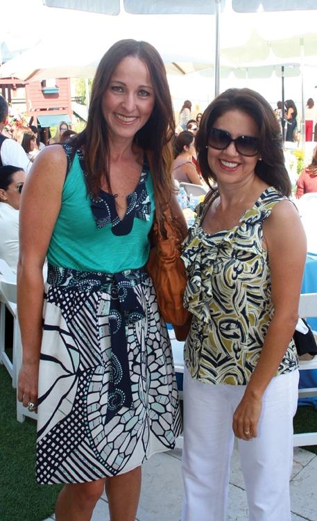 Betty Gillespie y Ariana Lara.JPG