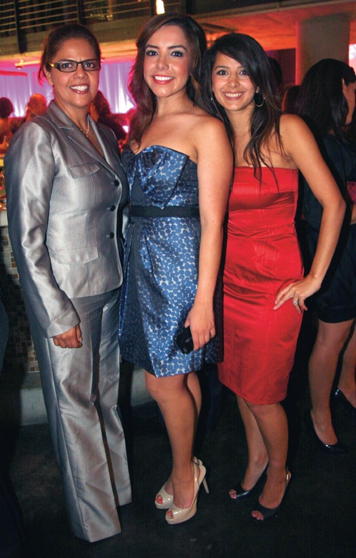 Betty Ljungquist, Ana Garcia and Sandy Mas Fernandez.JPG