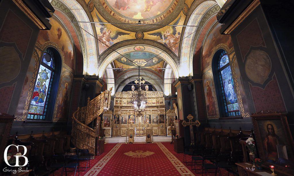 Biserica Alba