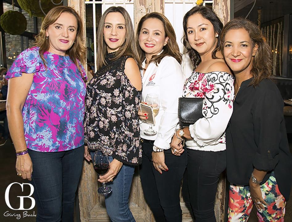 Brenda Ruvalcava  Carla Durand  Claudia Limon  Jessica Meza y Fernanda Santillana