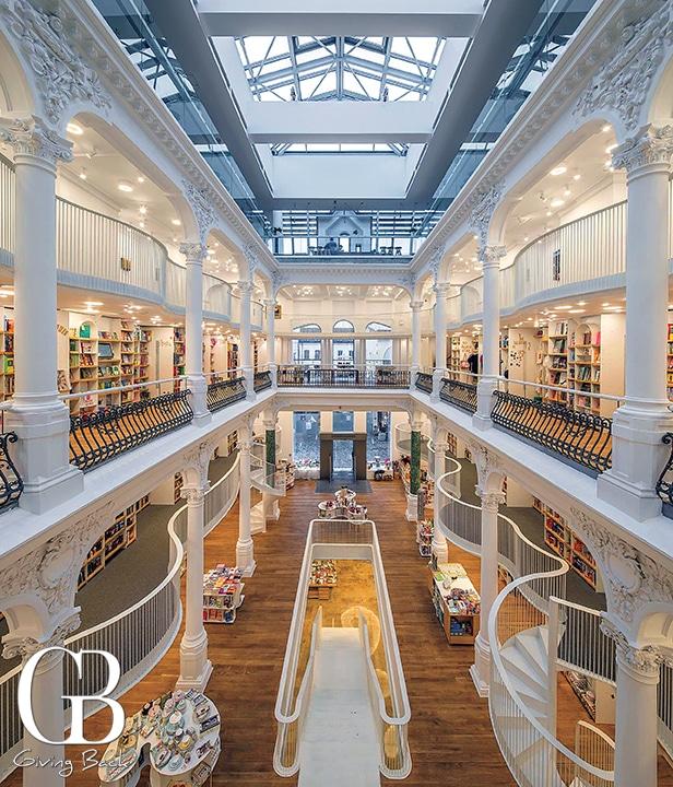 C  rture  ti Carusel Bookstore