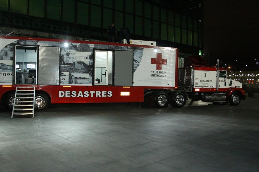 Camion de la Cruz Roja.JPG