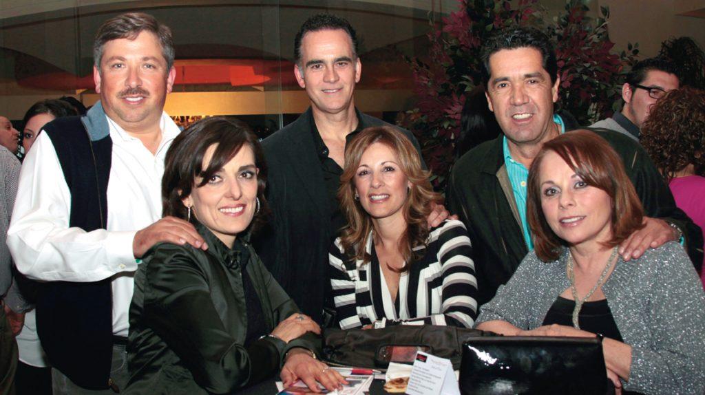 Carlos y Beatriz Lagos, Javier Peniche y Karla Carranco y Enrique y Cecilia de la Concha +