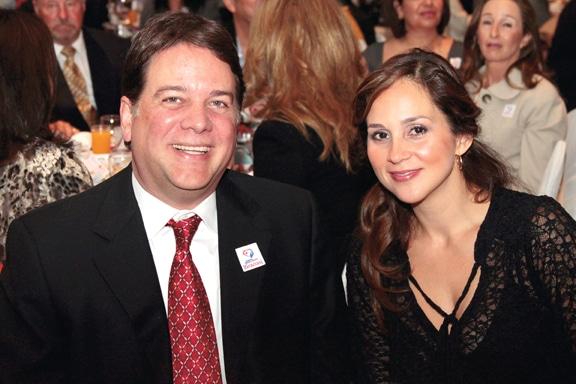 Carlos y Veronica Bustamante.JPG