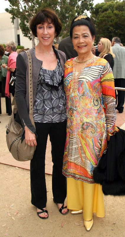 Carol Stensrud and Claire Reiss.JPG