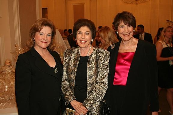 Carole Laventhol, Barbara Bloom and Sheila Potiker.JPG