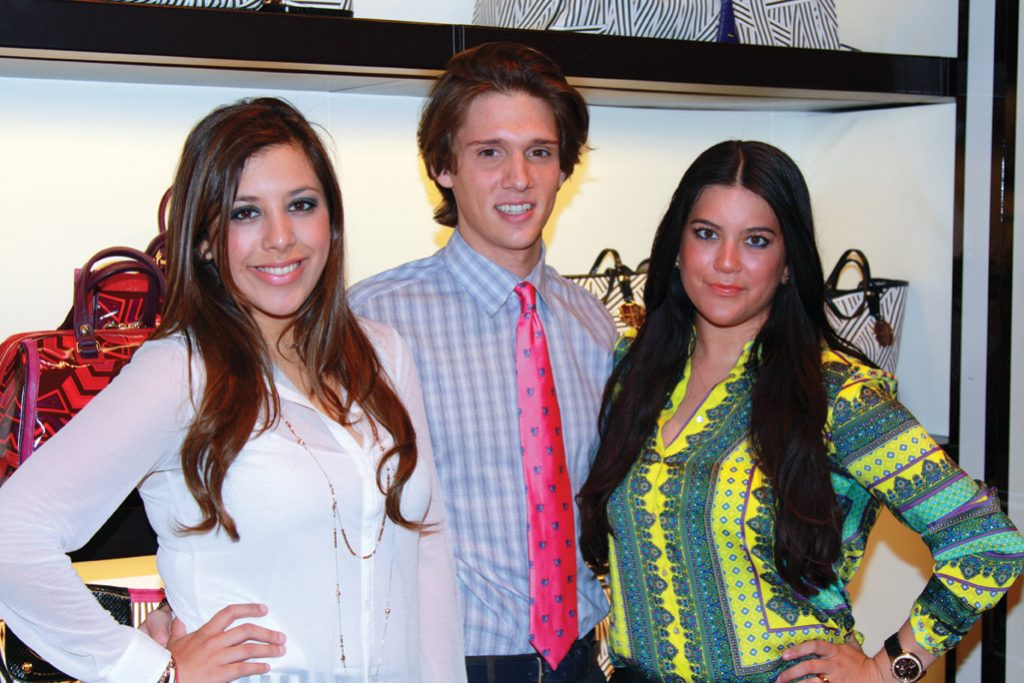 Carolina Beltran, Harry Avery and Blanca Zaragoza.JPG