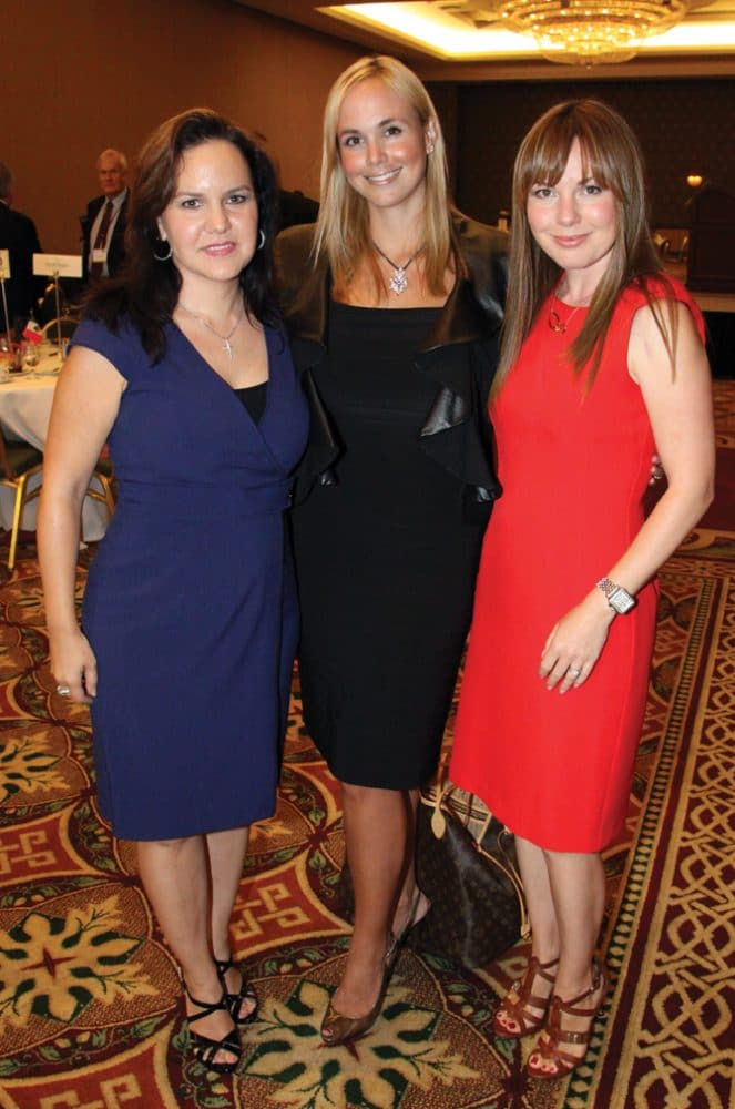 Carolina Bustamante, Danitza Villanueva and Emaluisa Bustamante.JPG