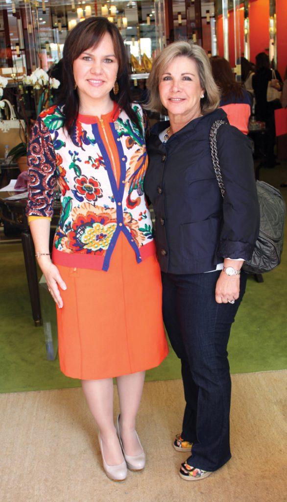 Carolina Bustamante y Diana Kuri +.JPG