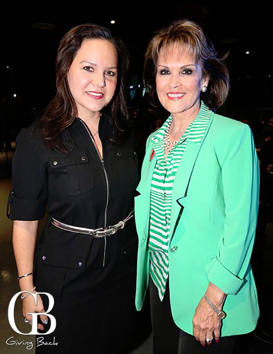 Carolina Bustamante y Lupita Camarena