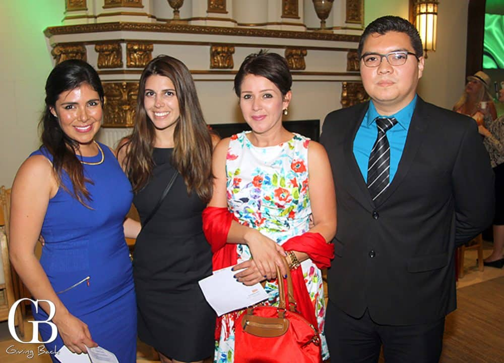 Carolina Segura  Yissel Torres  Marisol Hern  ndez and Leonardo Quintero