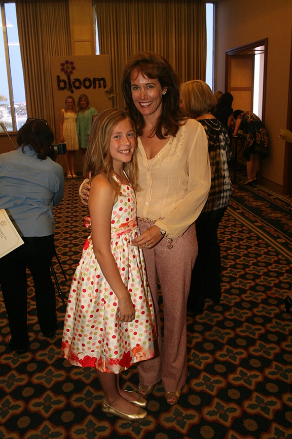 Claire and Deanna Andrews.JPG