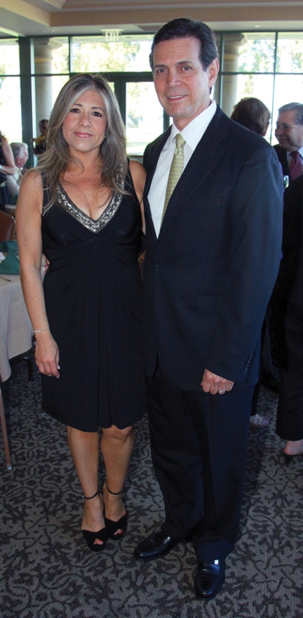 Claudia and Fermin Caro de Castillo.JPG