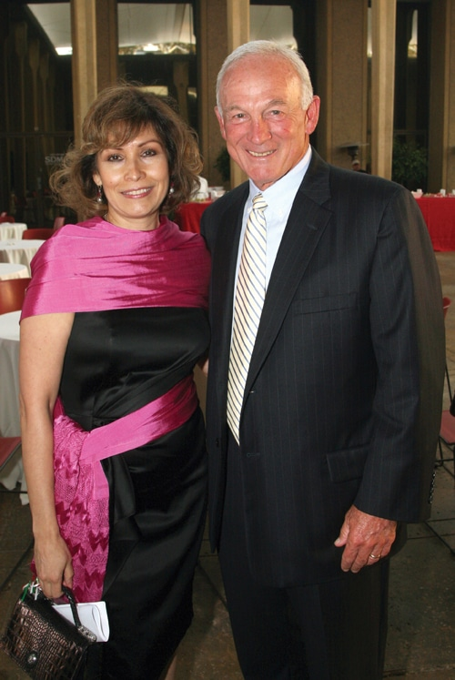 Consul Remediso Gomez Arnau and Mayor Jerry Sanders.JPG