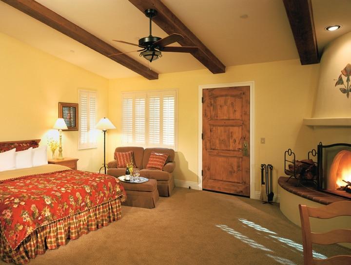 Cottage interior HIGH