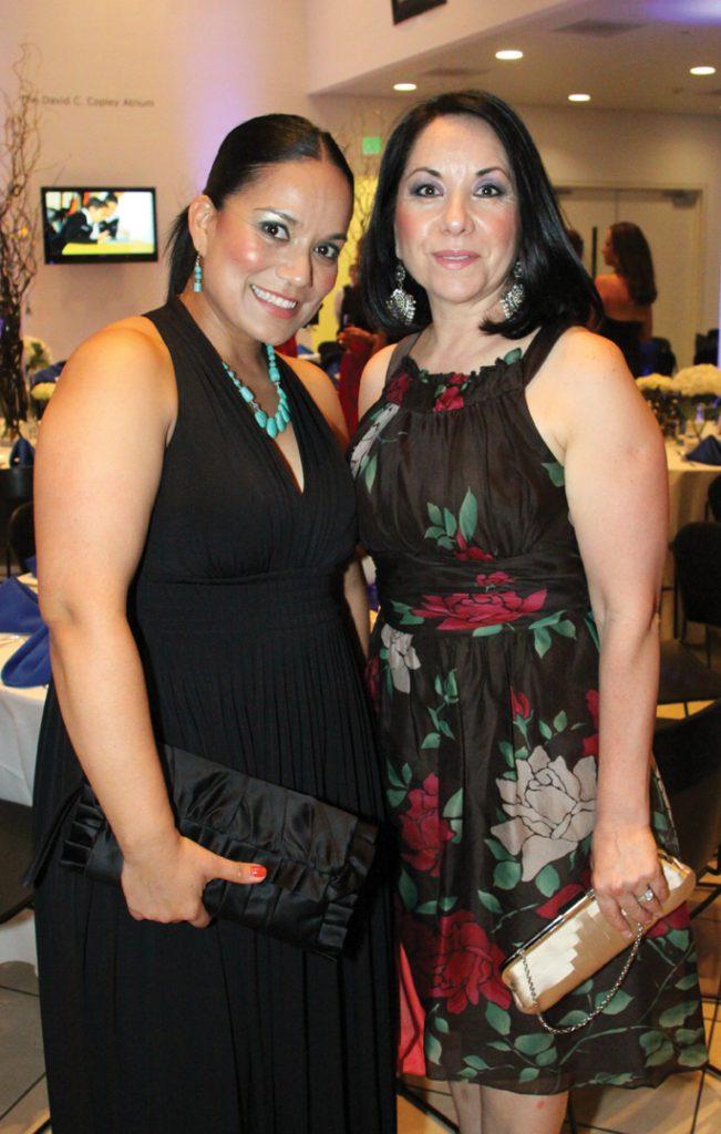 Cynthia Leal y Laura Solis.JPG