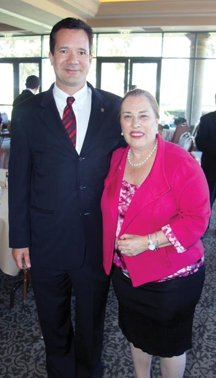 Daniel Wood and Bertha De La Fuente.JPG