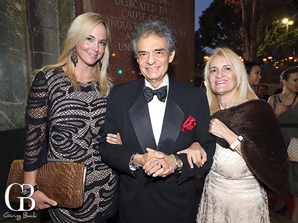 Danitza Villanueva with Jose Jose and Sara Salazar