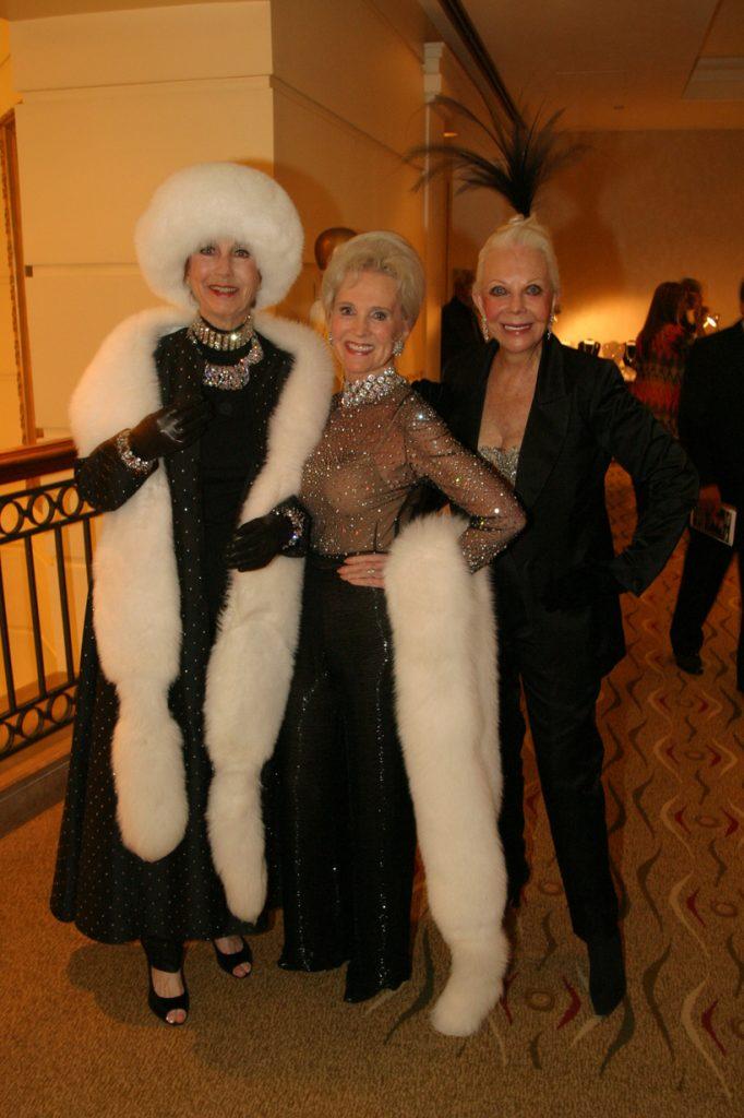 Darlene Davies, Lael Kovtun and Jeanne Jones.JPG