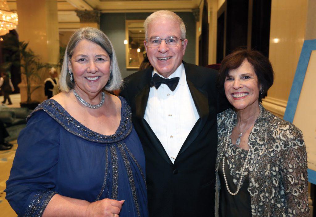Darlene Shiley with Jefrey and Sheila Lipinsky.JPG