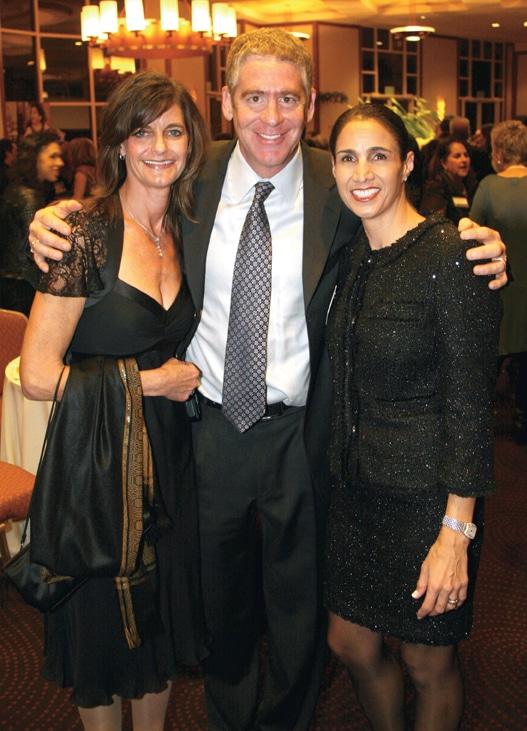 Debbie and Mitch Simon with Mimi Gross.JPG
