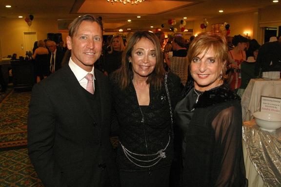 Dennis Voorheis, Naomi Barksdale and Suzanne Figi.JPG