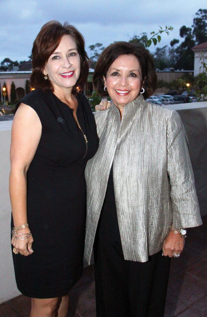 Diana Grijalda y Judy Tenorio.JPG