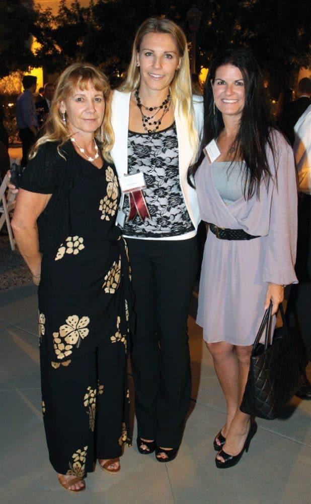 Dorli Ederer, Jessica Ederer and Stephanie Kuhlen.JPG