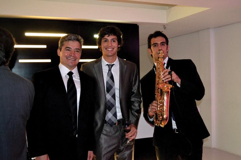 Dr. Alejandro Quiroz y Alejandro Quiroz Jr.JPG
