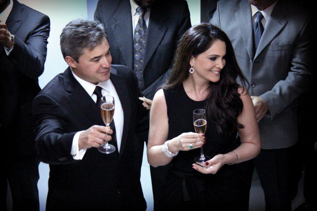 Dr. Alejandro Quiroz y Lisette Macias