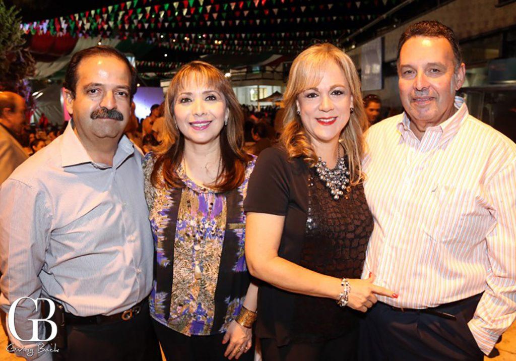 Eduardo y Rocio Garcia con Patty y Ricardo Castillo