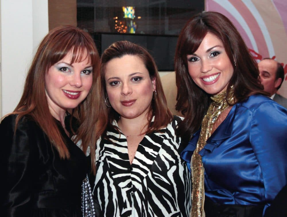 Emaluisa Serhan, Ana Laura Camarena y Arlene Gonzalez
