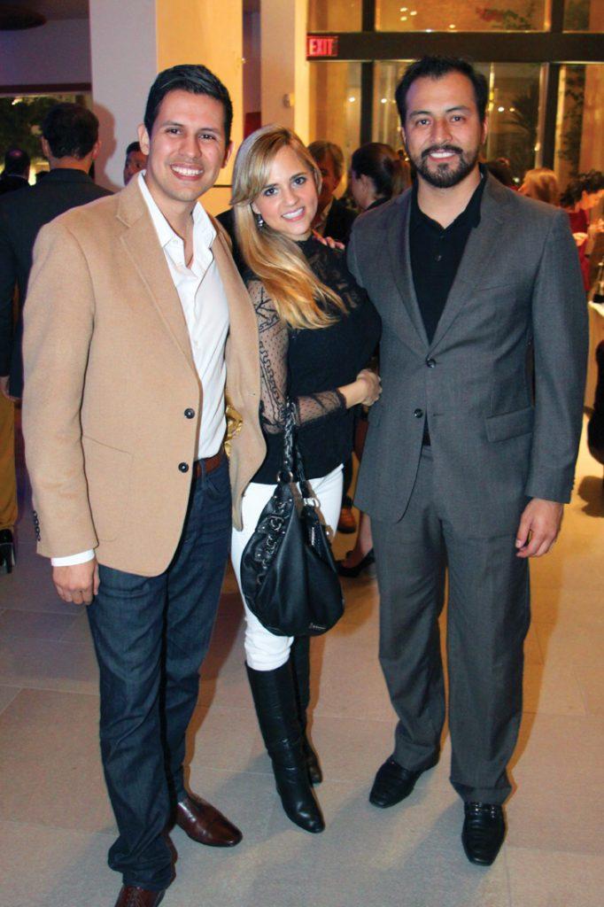 Emiliano Urzua, Janice Chernitzky y Rodrigo Gabriel Prado Fletes.JPG
