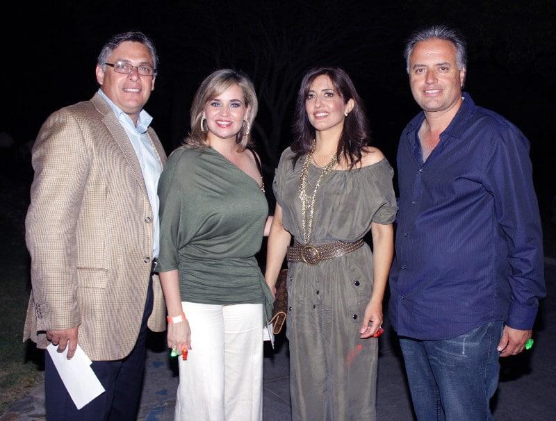 Eneido y Laura Morellon con Carmen y Marco Sanchez