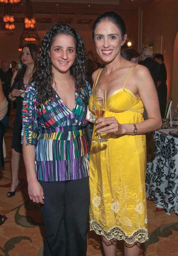 Esperanza Daniel and Maru Davila